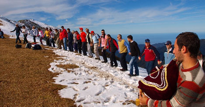 2450 m'de yazla kış bir arada