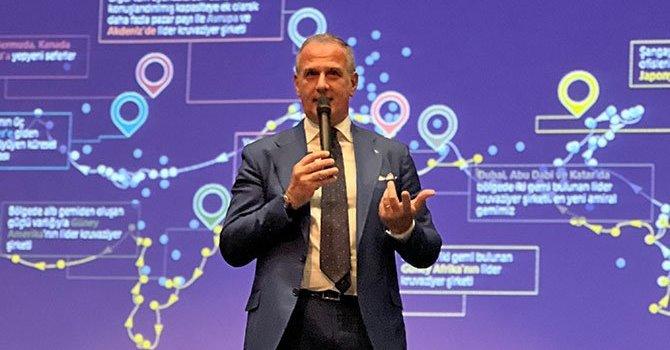 Türk kahvesi yanında pişmaniye