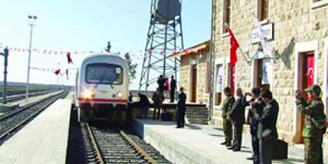 Gaziantep-Halep treni yola çıkıyor