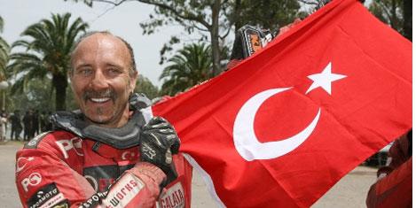 Kemal Merkit, Dakar'da ödül