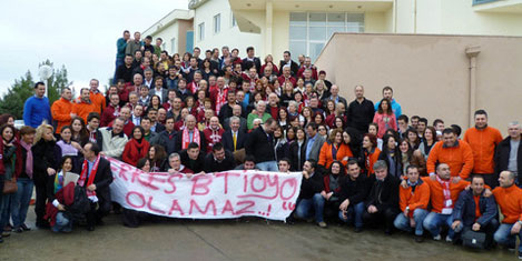 BTİOYO'dan Taksim'de kan bağışı