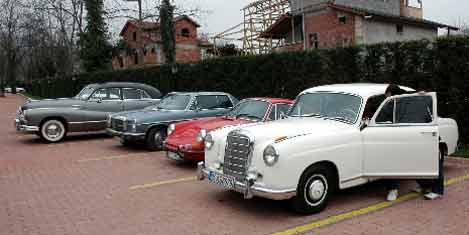 Klasik Otomobil tutkunları buluştu