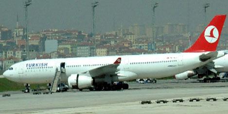 THY uçağı, kalkışta ârızalandı