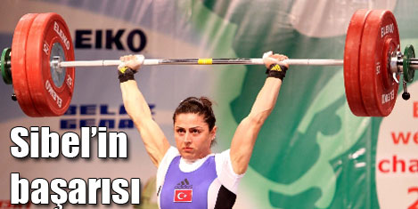 Sibel Şimşek'e 2 altın madalya