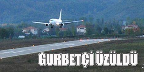 Zafer Havaalanı iptali üzdü