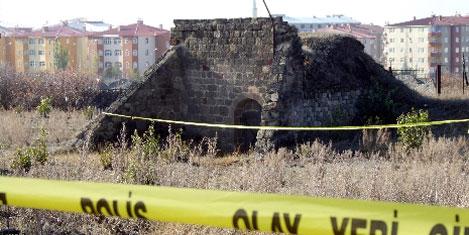 Cinayet tarihi yapıyı ortaya çıkardı