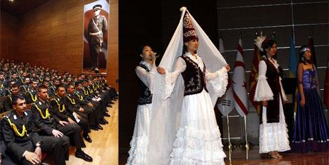 12 ülkenin 104 subayının gösterisi
