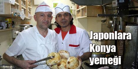 Japonlara Konya yemeği yediriyor