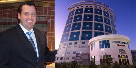 Bayraktaroğlu,Marriott Genel Müdürü