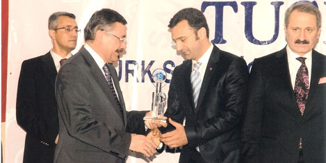 Dedeman Ankara'ya ödül