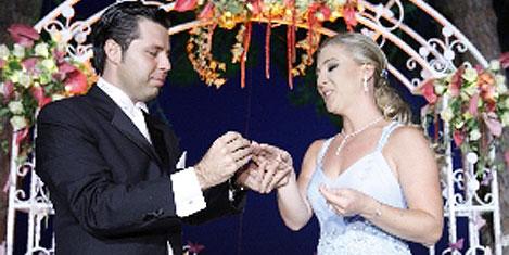 Vahideddin'in torunu evlendi
