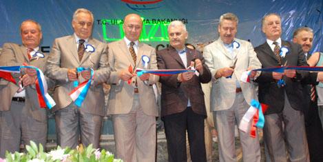 Teos Marina törenle açıldı