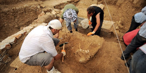 Parion Antik Kenti kazıları