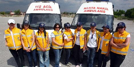 Ambulanslarda kadın şoförler