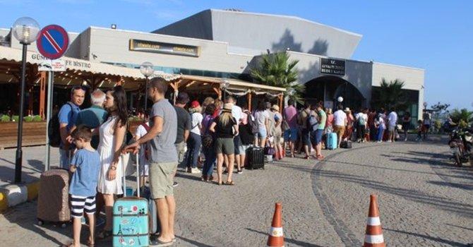 Euro yükseldi, Yunan turistler Ayvalık'a akın etti