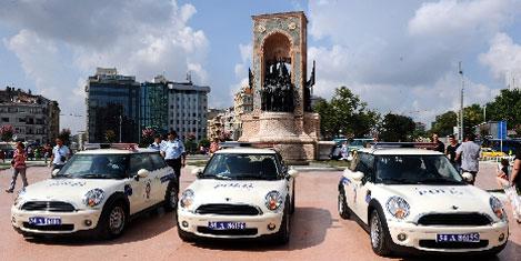 Taksim'i Mini Cooper'lar koruyor