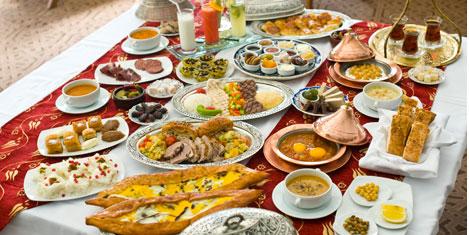Sürmeli Brasserie'de iftar