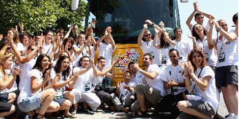 Gençlik otobüsü 10 ülke gezecek