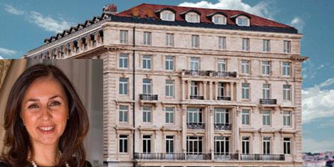 Pera Palace Hotel'i uyanıyor