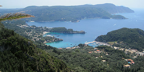Komşu, Korfu'yu kiraya veriyor