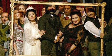 Aşk-ı Memnu Operası, yurt dışında
