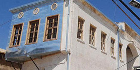 Turistlerin ilgisini çeken evler