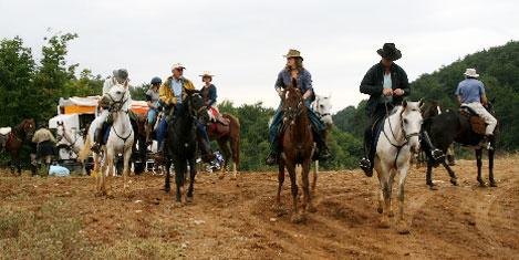 At sırtında Evliya Çelebi'nin izinde