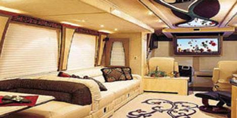 Lüks karavan, 'tekerlekli yat