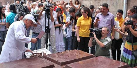4 bin 410 kiloluk rekor çikolata