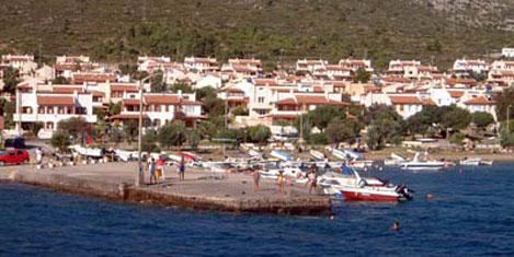 Yunan turizmlerin gözü Türklerde