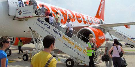 10 milyon yolcu easyJet'le uçtu