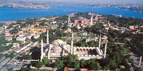 """İstanbul """"En İyi Destinasyon"""" adayı"""