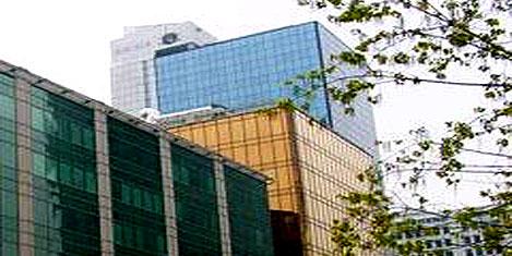 Akbank'ın Maslak binalarına ilgi