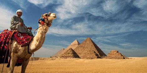 Mısır 15 milyon turist bekliyor