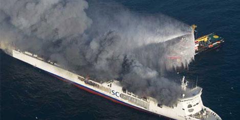 Litvanya feribotu, denizde yandı