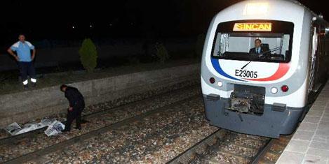 Hızlı Trenin çarptığı kişi öldü