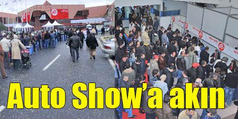 Auto Show'a ilk gün 50 bin kişi