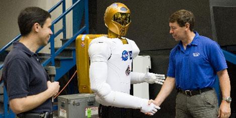 Robonaut 2, uzay görevini bekliyor
