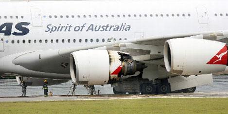 Qantas; Kanat çatlağı önemsiz
