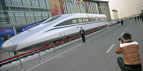Çin hızlı treni 500 km hız yapacak