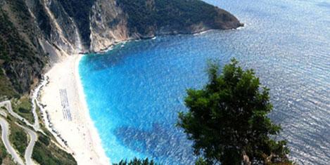 Yunanistan 10 küçük adaya tesis