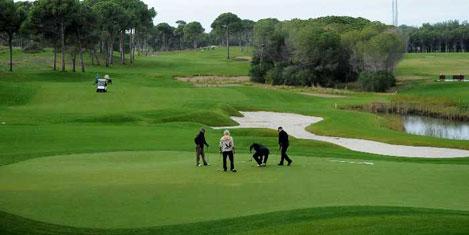 Golf sahalarının tapusu bizde