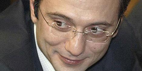 Süleyman Kerimov'dan oteller