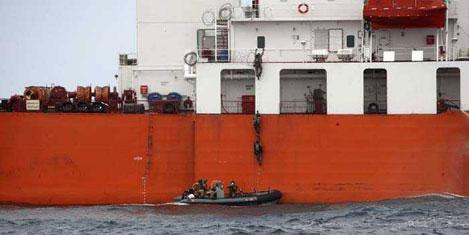 Gemiyi panik odası kurtardı
