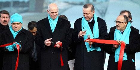 Erdoğan ve Papandreu Erzurum'da