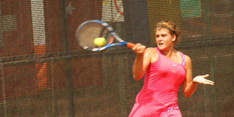 Tenisçi Başak Eraydın ikinci turda
