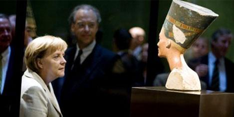 Mısır, Nefertiti'nin büstünü istiyor