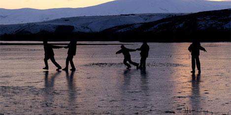 Donan göller, tehlike getiriyor