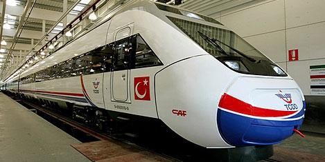 TCDD,  dizel trene geçiyor