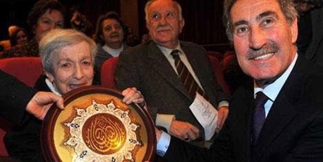 Kültür Ödülü, Müjgan Cunbur'a